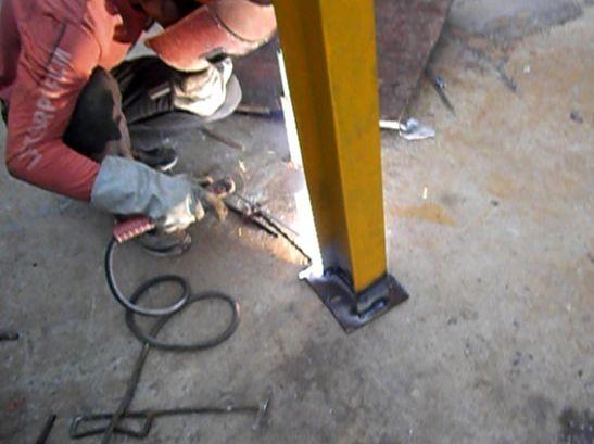 一种新型工具式悬挑架——花篮拉杆工具式悬挑架施工工法_7