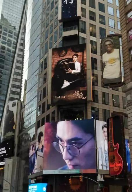 最赚钱的建筑立面:纽约时代广场LED屏的前世今生