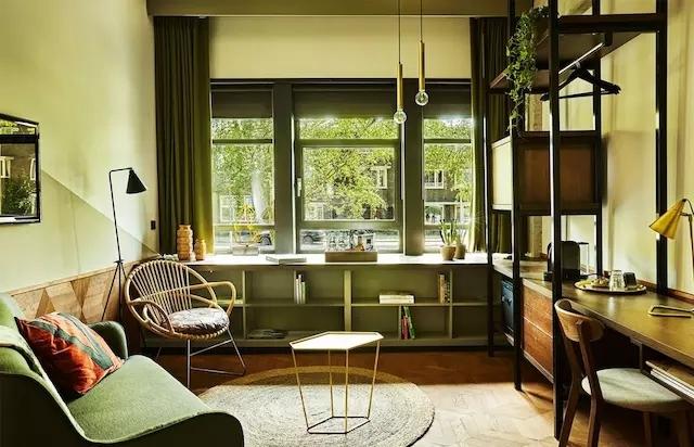 1970年代的阿姆斯特丹,全被设计师装进了这家酒店里