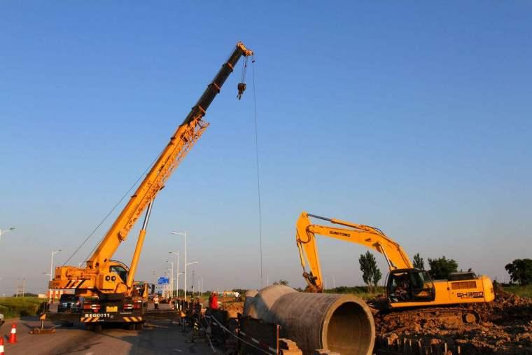 建筑施工大型机械设备安全管理(多图)