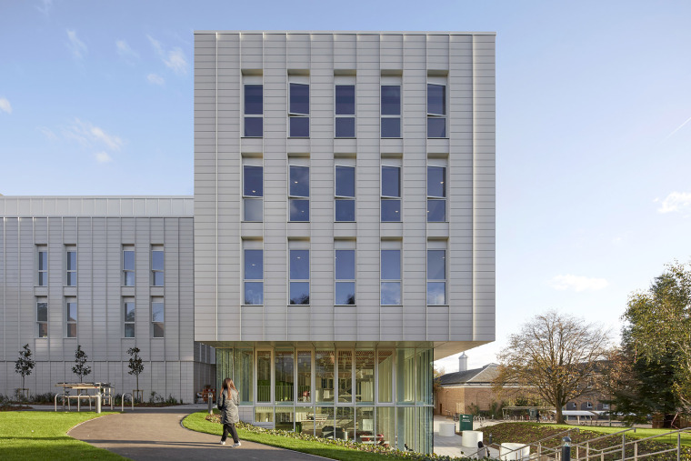012-teaching-and-learning-building-of-university-of-nottingham-by-make-architects