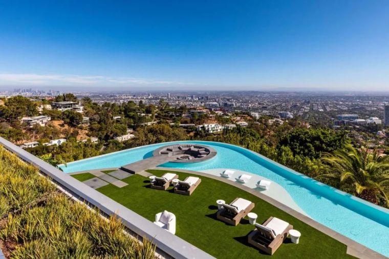 3.98亿的超级山顶豪宅,无比奢侈的观景台_5