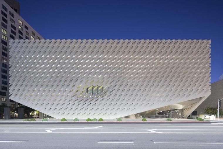 有设计理念的建筑立面:美术馆的神秘面纱