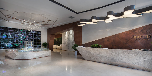 一,【售楼部外观】  欧式风格的售楼部设计必须要融合欧式风格的