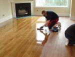 地板勤保养家居更舒适