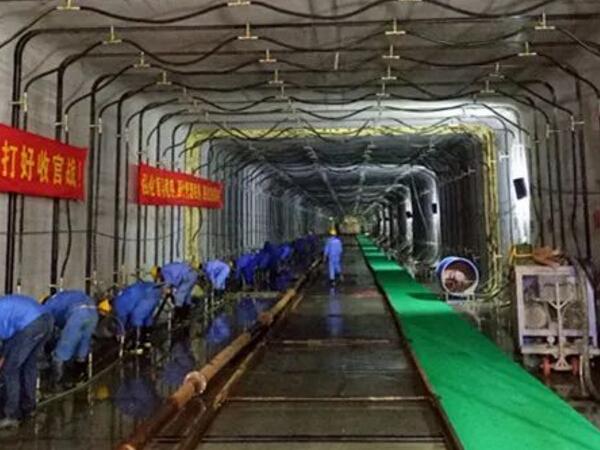 中国第一顶:国内最长、最大断面矩形顶管工程在苏州顺利贯通_2
