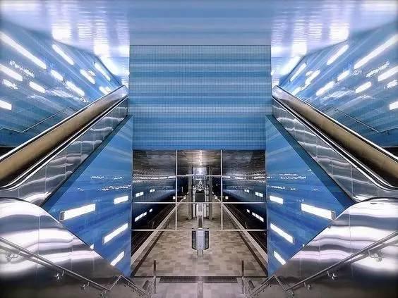 世界最美地铁景观,美到让你不想回家_60