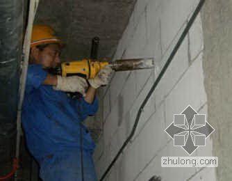 实践中不断创新的开墙洞技术革新
