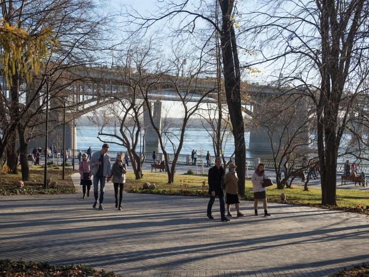 俄罗斯Mikhailovskaya河堤公园