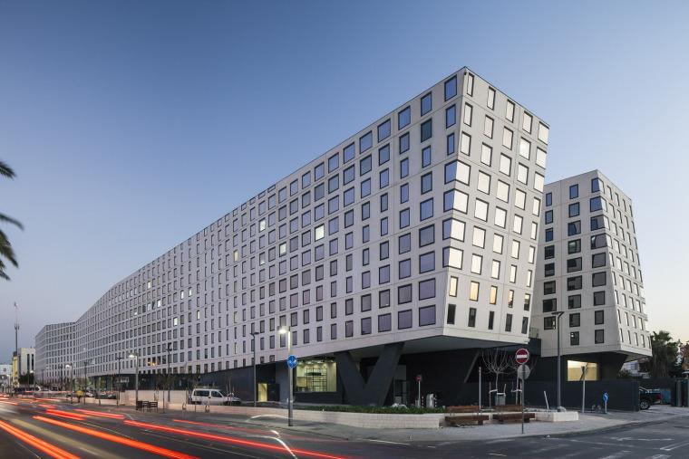 以色列办公和商业综合建筑
