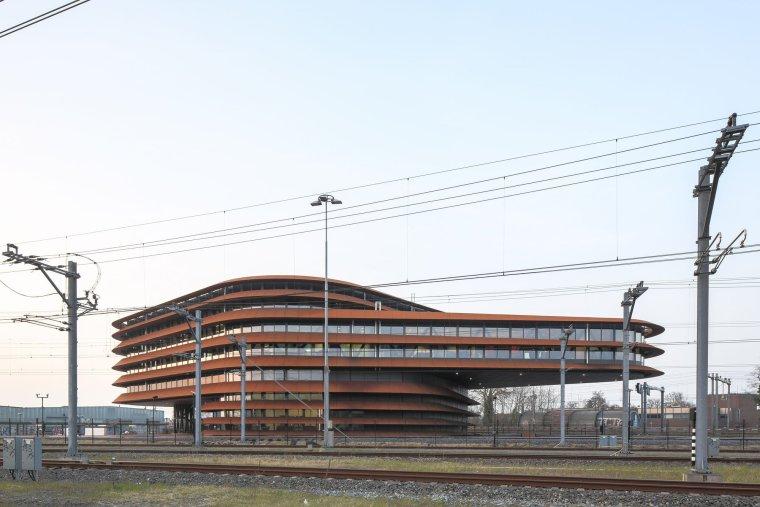 荷兰乌特勒支列车控制中心大楼_3