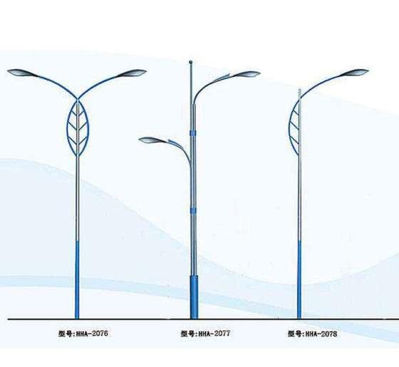 8-4米灯杆太阳能路灯灯杆图片