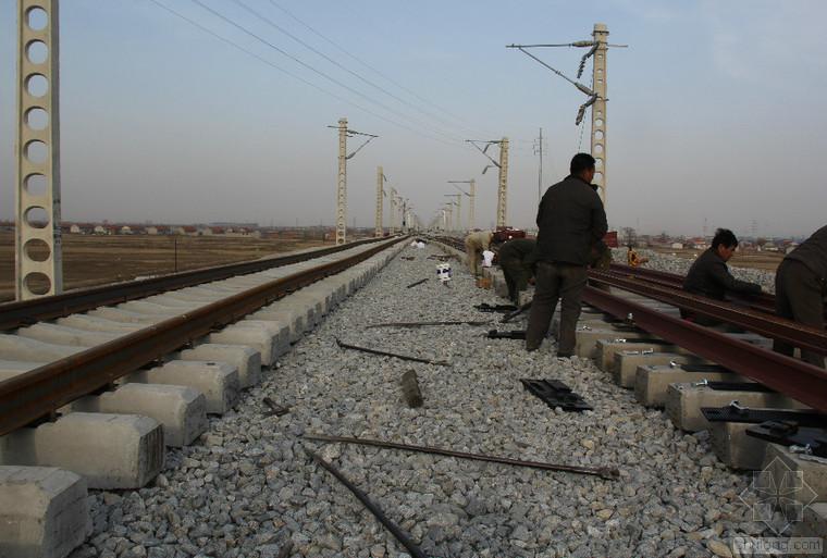 [甘肃]新建铁路客运专线工程检验批表格定稿1215页(路桥隧轨道)