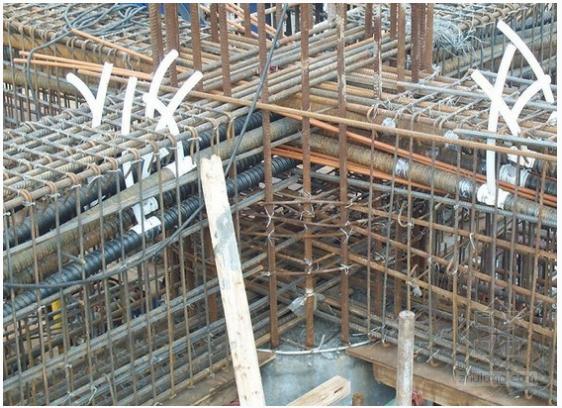 浅析梁、柱节点区混凝土施工