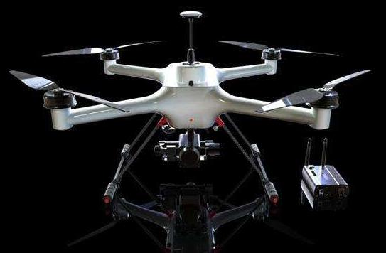 无人机虚拟仿真三维交互控制模型的设计与实现