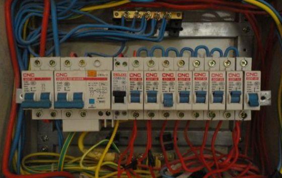 家用配电箱怎么分配才合理?这样安装,保证你家50年不跳闸