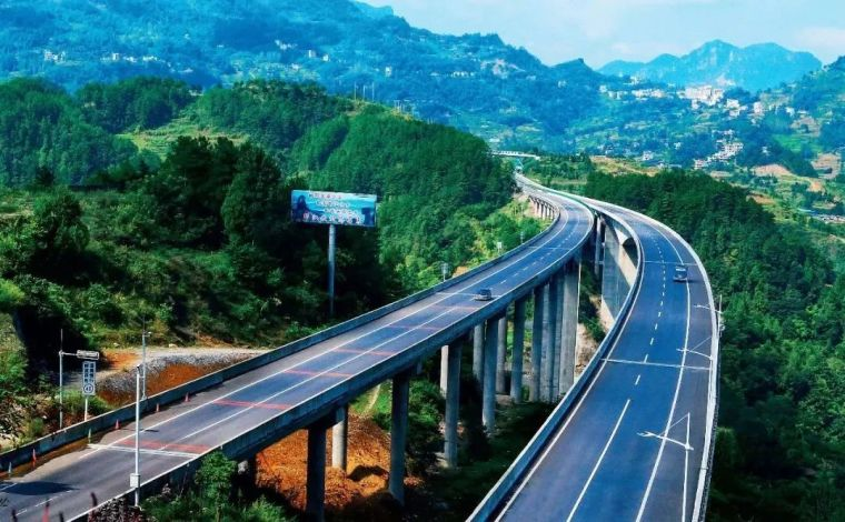规范我国公路养护市场准入加快培育全国统一养护市场