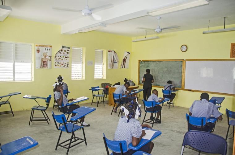 海地希望小学-10