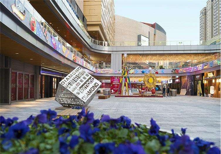 龙湖滨江天街商业景观-10