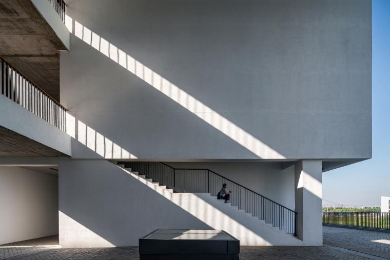 安徽大学艺术与传媒学院美术楼-11