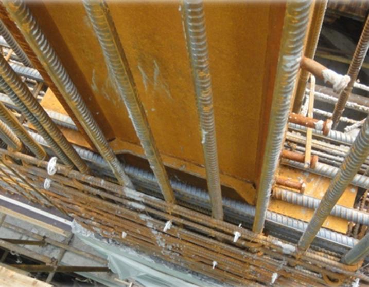 大型转换钢桁架外包清水混凝土施工工法