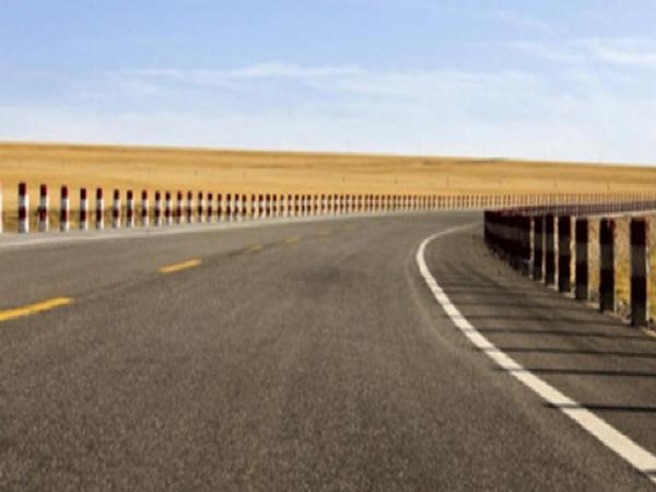 高等级公路路基、路面的有效养护策略