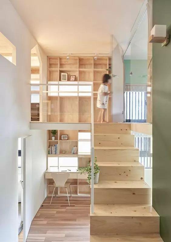 木 有 楼 梯,楼 梯 有 木。