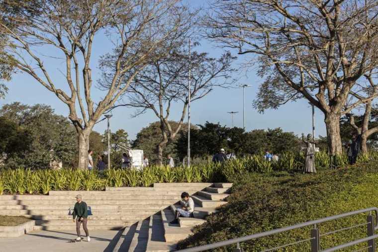 巴西阿雷格里港滨水公园-14