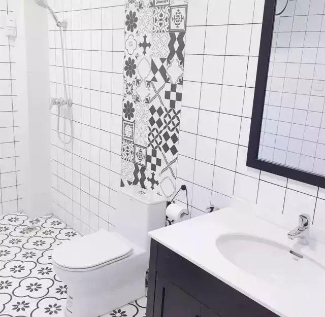越来越多人卫生间都不通铺瓷砖了,都开始加点这个