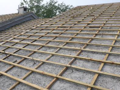 建筑施工屋面工程细部节点工艺-瓦屋面-挂瓦层