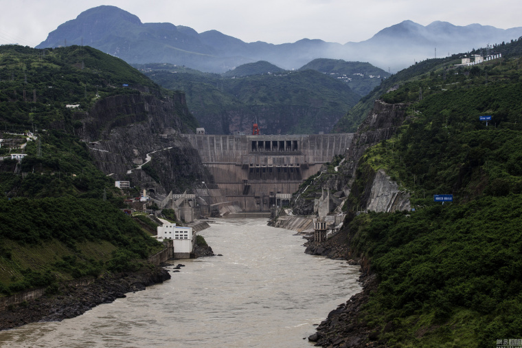 航拍金沙江世界级水电工程,形成水库群_1