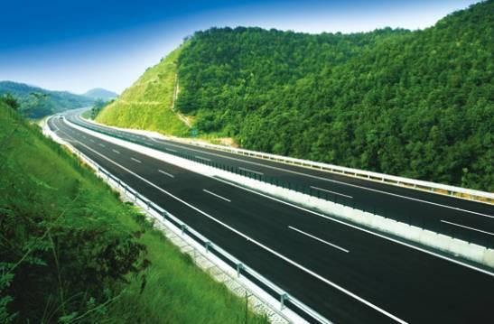 高速公路边坡的动态设计和应用