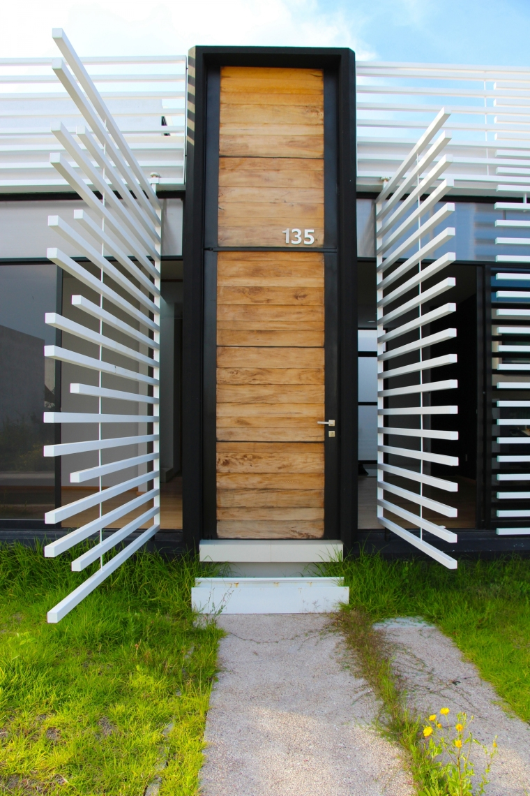 圣地亚哥社区绿色房子_6