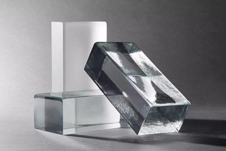 这种随处可见的材料,它凭什么成为奢侈品的代言人?-火遍全球的玻璃砖,这种网红材料究竟有何魔力?_17