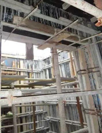 柱、墙模板这么施工,哪还有验收通不过的!_35