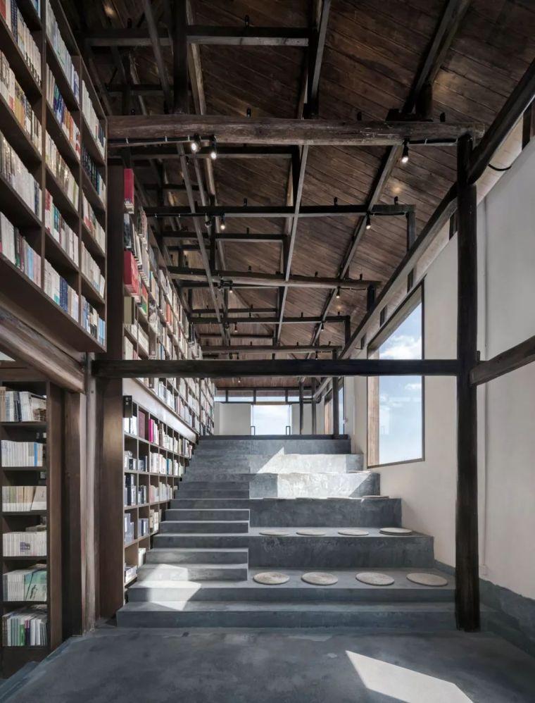 窗外就是悬崖,美若童话!浙西南高山巅开了家中国最美书店