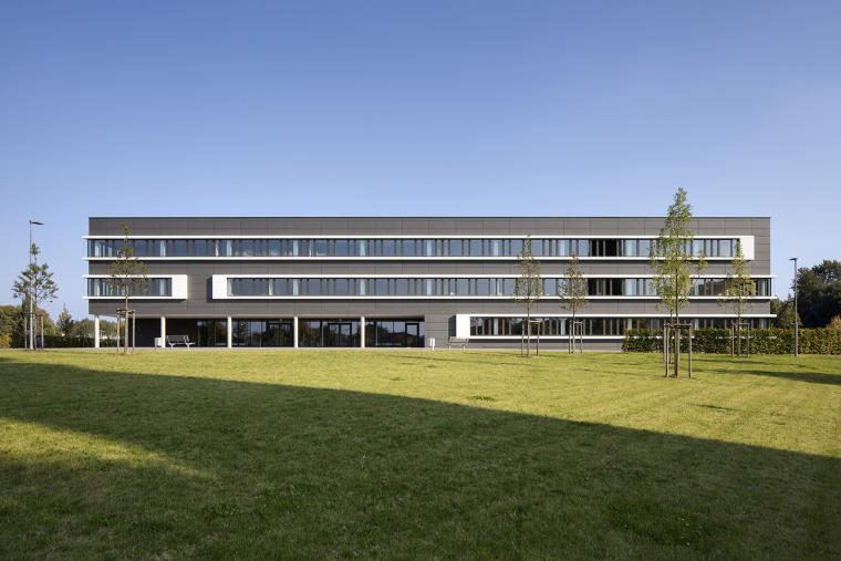 德国阿尔斯多夫校园