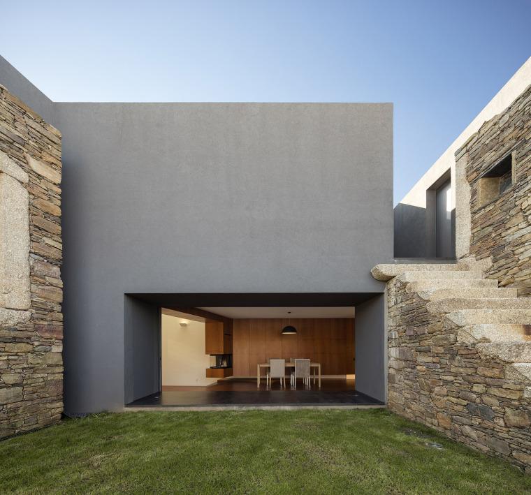 葡萄牙Vigario住宅-008-Vigário-House-Portugal-by-AND-RÉ