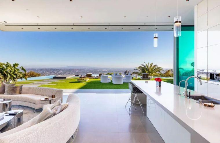 3.98亿的超级山顶豪宅,无比奢侈的观景台_35