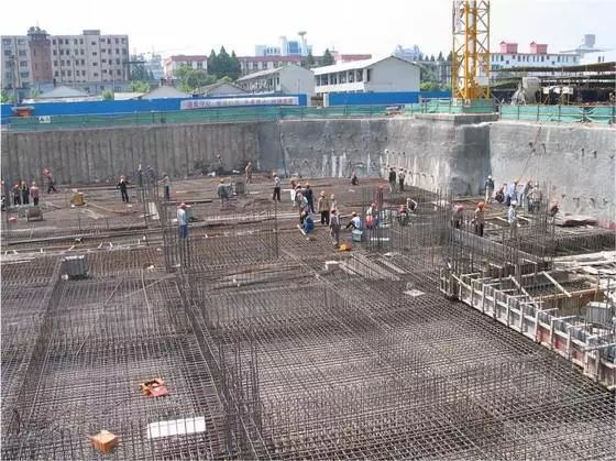 特大建筑深基坑支护工程施工详解(内附多图)