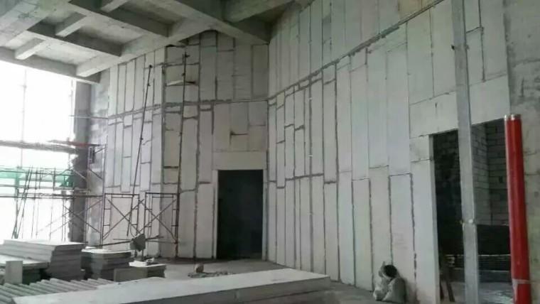 轻质隔墙板比传统加气块好在哪里?