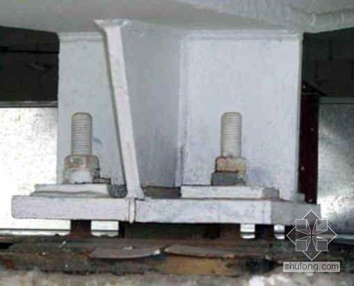 柱顶钢结构节点安装施工图片(13张)