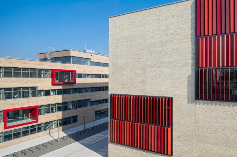 万漪景观分享--德国鲁尔西部大学新园区_5