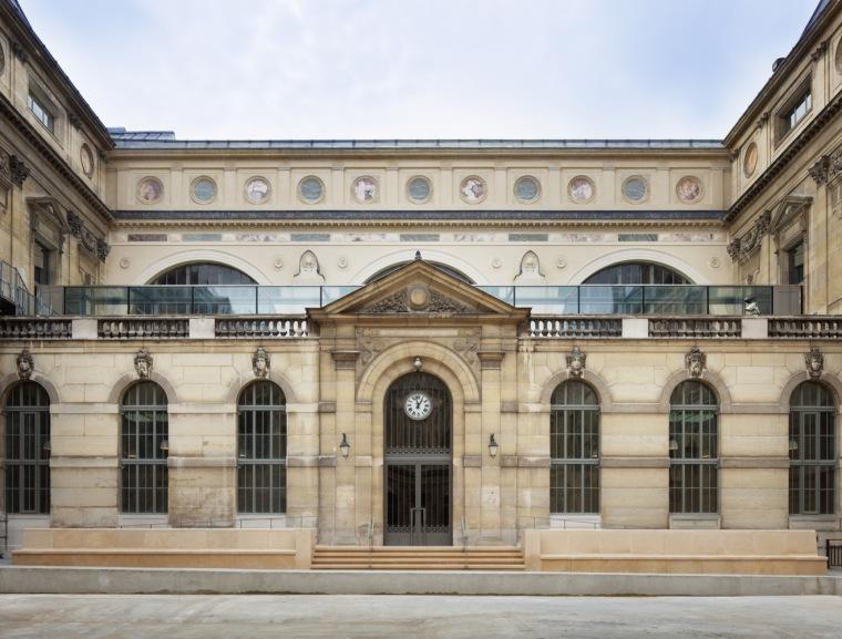 历史与建筑的对话——法国国家图书馆项目翻新工程