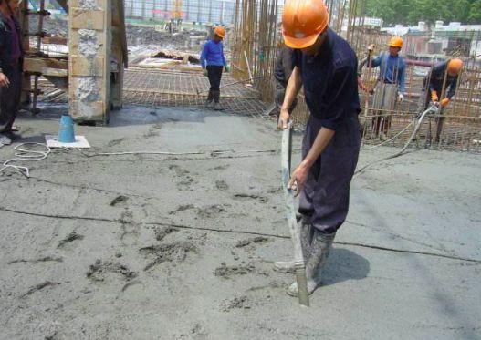 高温天气下如何遏制混凝土裂缝?