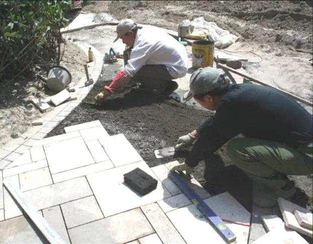 景观地面石材铺装前该如何排版?_8