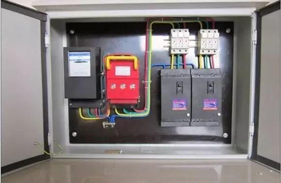 配电箱接线图 安全快速的安装配电箱!
