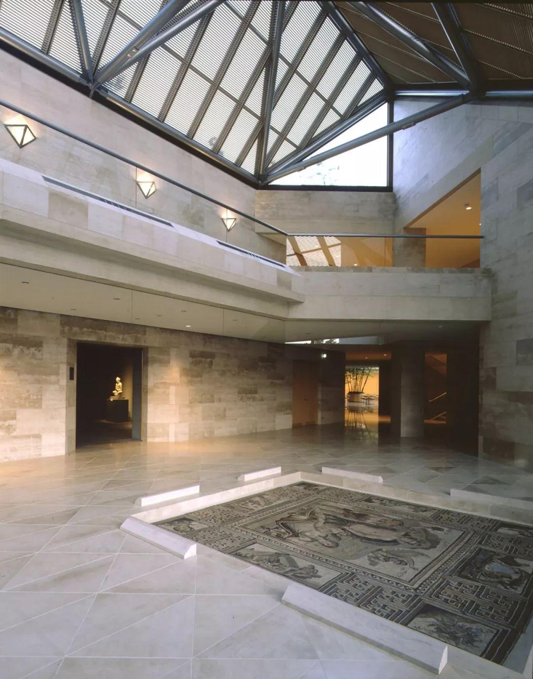 致敬贝聿铭:世界上最会用「三角形」的建筑大师_69