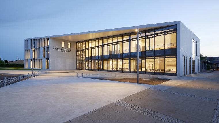 丹麦Herningsholm职业学校