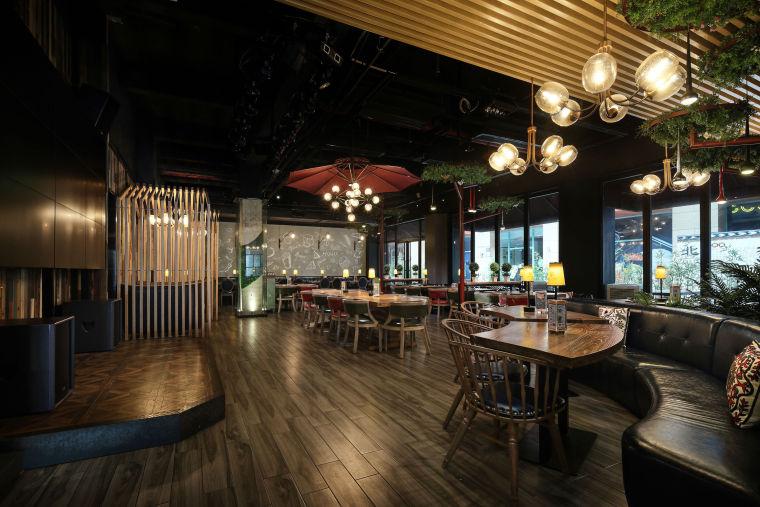 懷舊與摩登的餐廳酒吧